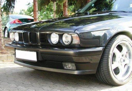 Set pleoape faruri BMW E34