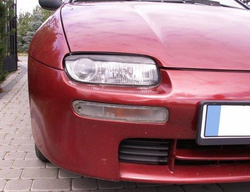 Set pleoape faruri Mazda 323f 323 f BA 1994 1998
