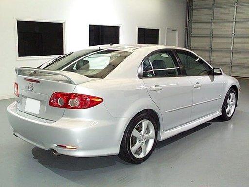 Set praguri Mazda 6