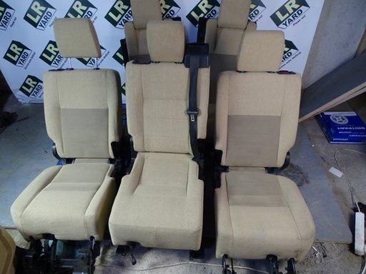 Set scaune interior tapiterie material textil crem