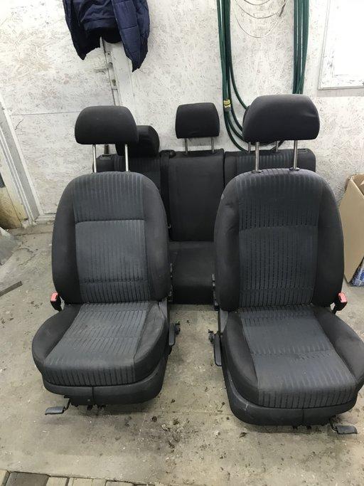 Set scaune Octavia 1