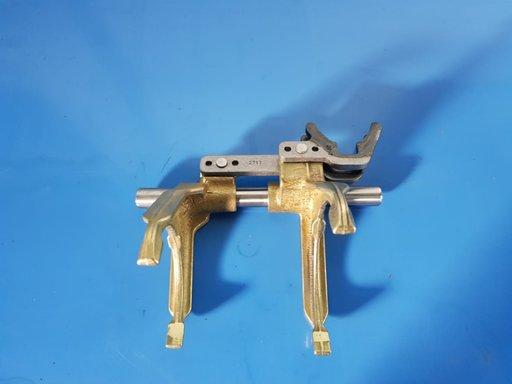 Sistem furci 1 - 2 5 - 6 cutia de viteze M40