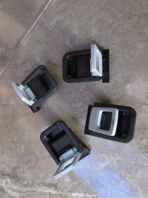 Sistem prindere portbagaj Toyota Avensis 2.2D-4D T27 2010 2011 2012 2013 2014 2015 pret/set