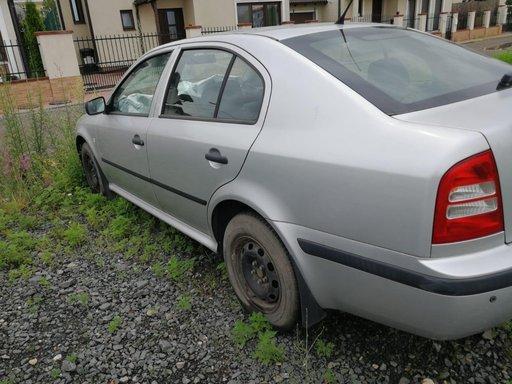 Skoda Octavia 1.6 benzina