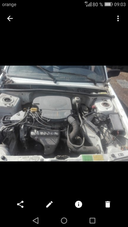 Stergator. + lamela. (Dacia supernova benzina 1.4 an 2002 ( logan symbol clio