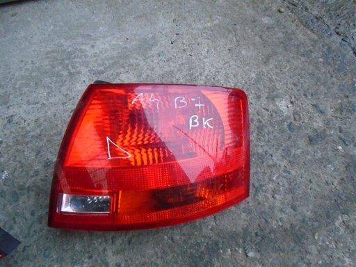 STOP DREAPTA ARIPA AUDI A4 B7 BREAK