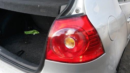 Stop dreapta caroserie VW Golf 5