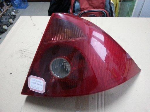 Stop dreapta Ford Mondeo III 1.8 Di 16V 2001-2006