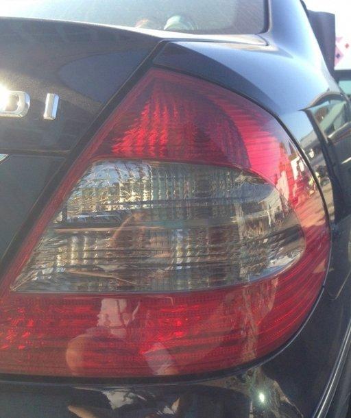 Stop dreapta Mercedes e class w211 an 2008 Facelift