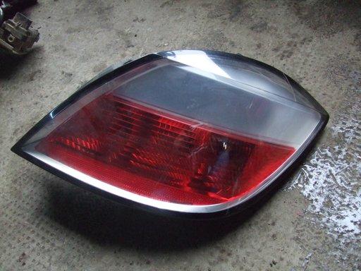Stop dreapta Opel Astra H, hatchback