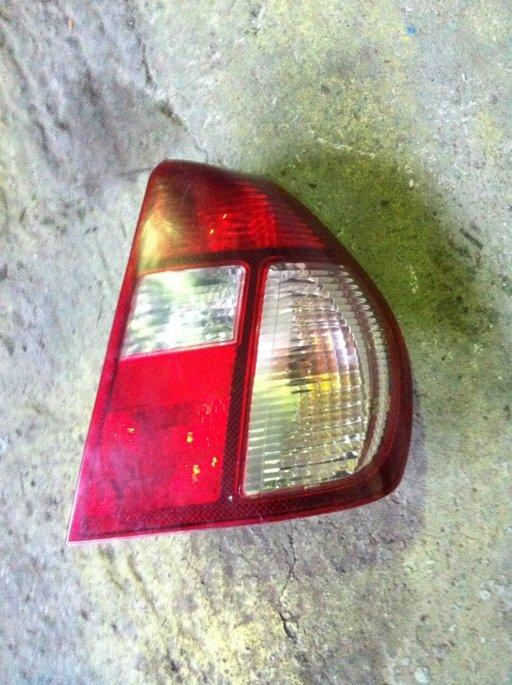 Stop dreapta Renault Clio 2 Symbol 2005