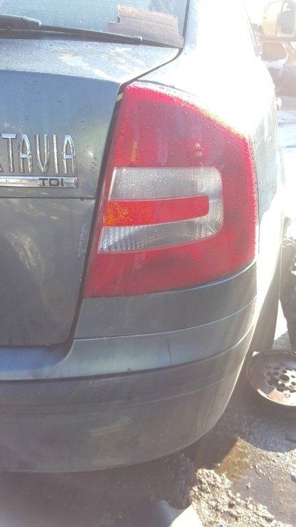 Stop dreapta Skoda Octavia 2 2005 - 2009