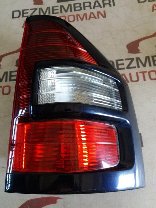 Stop dreapta spate caroserie Mitsubishi Pajero 3 3.2 DI-D