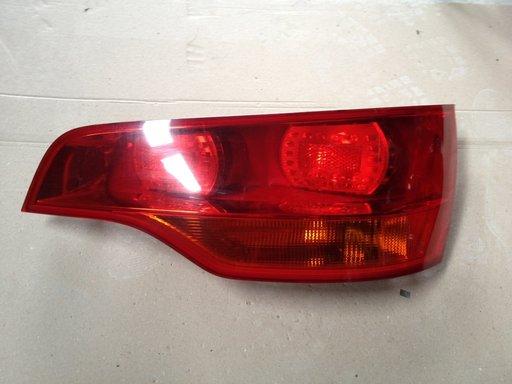 Stop,Lampi spate,triple Audi Q7 Dreapta
