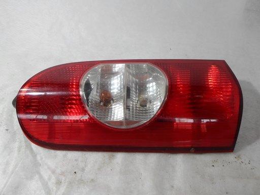 Stop spate lampa Stanga/dreapta Renault Master 2008 Cod : 8200171472