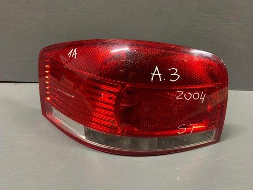 Stop stanga Audi A3 2004