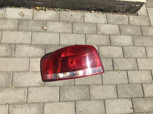 Stop stanga Audi A3 2006