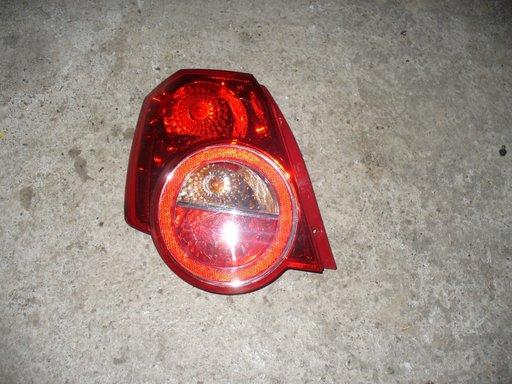 Stop stanga Chevrolet Aveo 2010