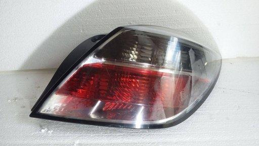 Stop Stanga / Dreapta Opel Astra H GTC