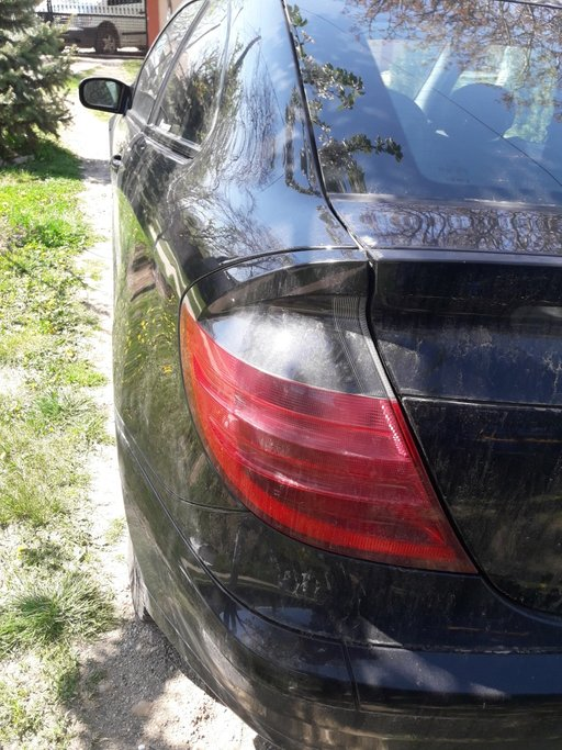 Stop stanga Mercedes C class w203 coupe