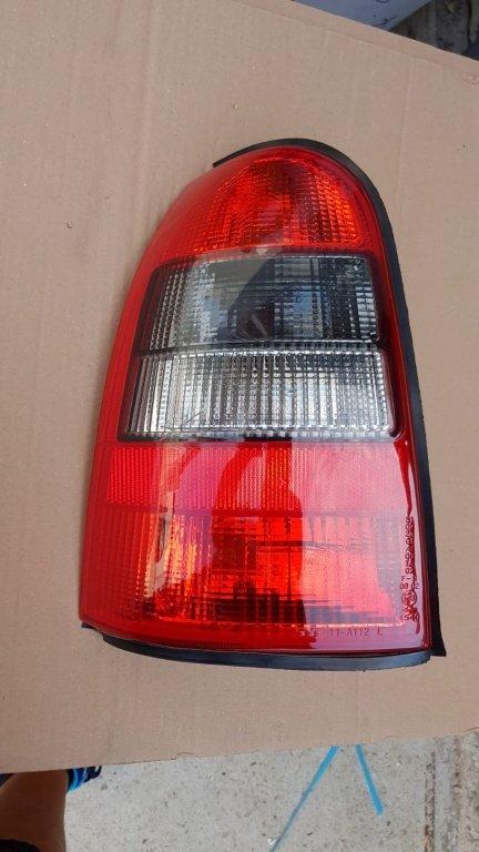 Stop stanga Opel Vectra B caravan kombi break/ OPE