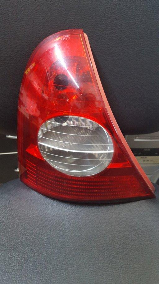 Stop stanga Renault Clio 2002