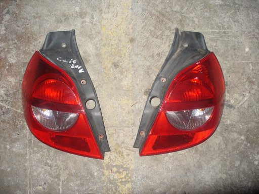 Stop stanga Renault Clio 2005-2009