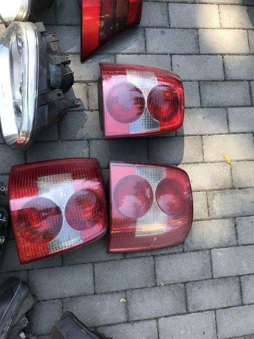Stop stanga si dreapta Passat 2003
