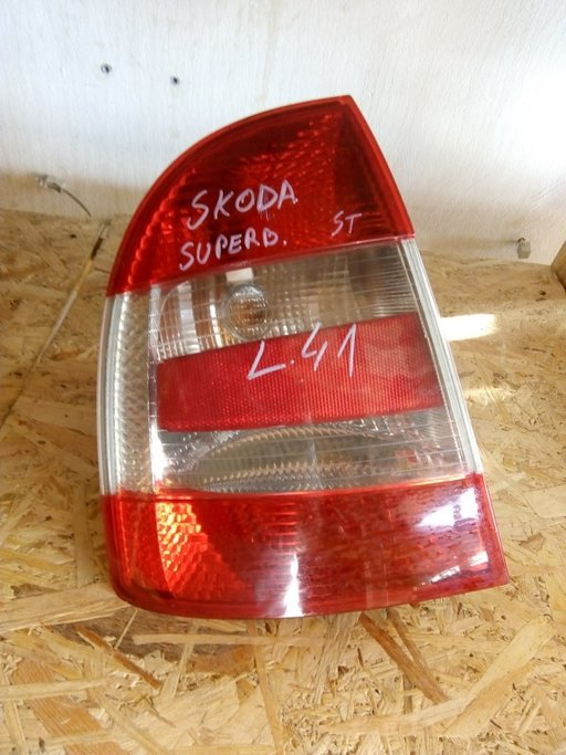Stop stanga Skoda Superb 1