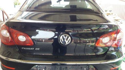 Stop stanga spate de pe capota portbagaj VW PASSAT CC 2009