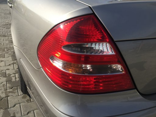 Stop stanga spate Mercedes E-Class W211 2004 Sedan 2.2 CDI