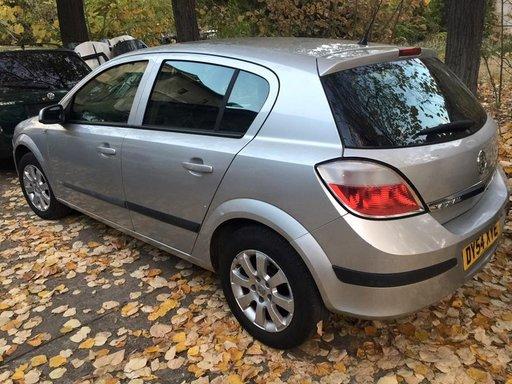 Stop stanga spate Opel Astra H 1.7 an 2005 Diesel Argintiu