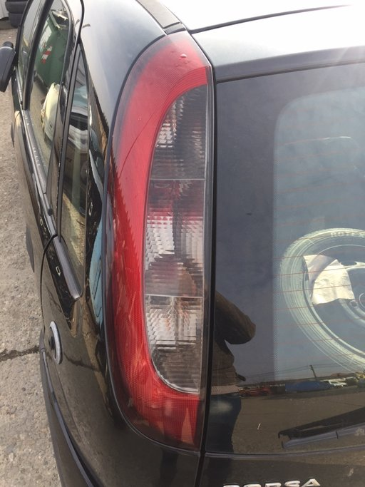 Stop stanga spate Opel Corsa C 2004 hatchback 1.2i