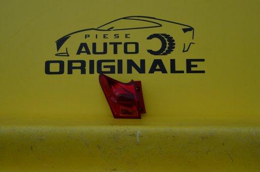 Stop stanga Toyota Auris An 2013-2015