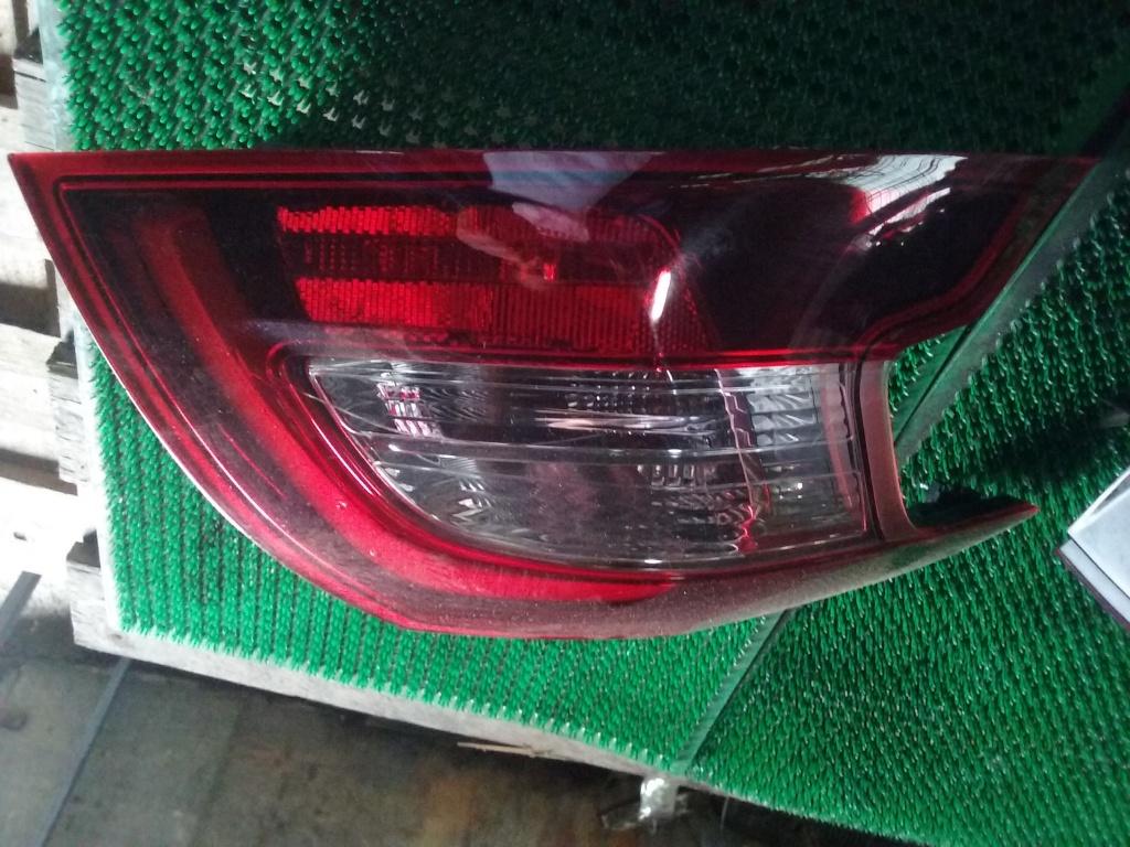Stop Stg pe aripa Peugeot 308 facelift, 1.6hdi cod 9677817680