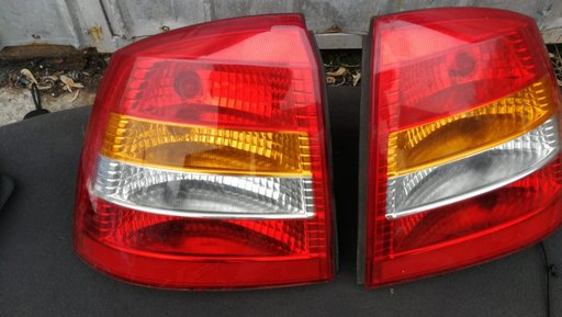 Stop stopuri stanga dreapta Opel astra G Hatchback