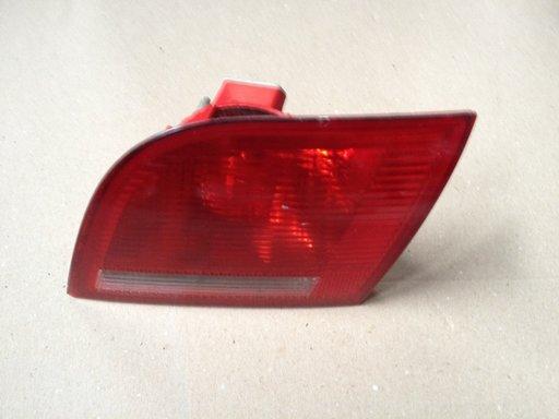 Stop,Tripla,lampa spate,Dreapta Audi A3(Hayon)