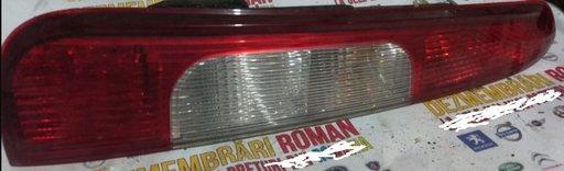Stop tripla lampa spate ford focus 2 C-Max 2.0tdci 136CP G6DD
