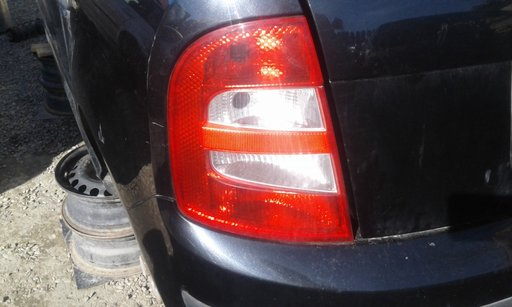 Stop tripla lampa stanga Skoda Fabia Hatchback