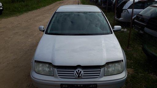 Stopuri Volkswagen Bora 1999 berlina 1.6