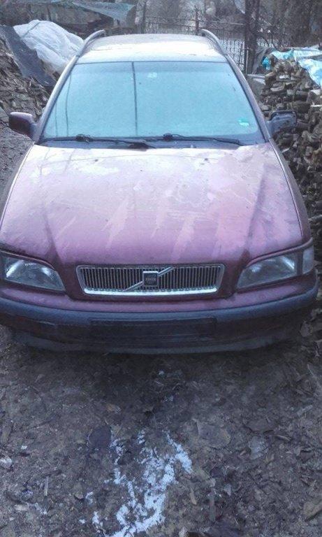 Stopuri Volvo V40 1997 break 2.0