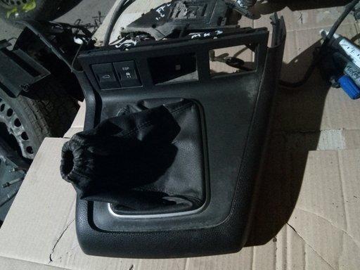 Suport plastic schimbator viteze Ford Mondeo Mk3 2000-2006