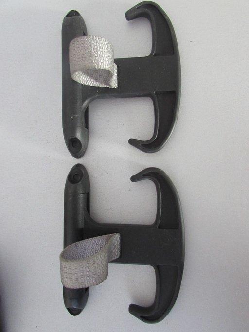 Suport suporti fixare bagaje portbagaj Skoda Superb cod: 6Y5867615B model 2001-2008 pret/bucata