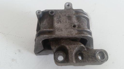 Suport tampon motor VW Passat B6 S TDI Automat 2007 2.0 Diesel