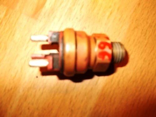 Termocupla , senzor termocupla apa cod:0065454224 MERCEDES-BENZ 190 1982 – 1993