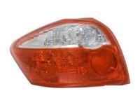 Tripla Lampa spate TOYOTA AURIS NRE15 ZZE15 ADE15 ZRE15 NDE15 ULO 1109001