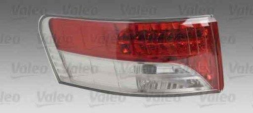 Tripla Lampa spate TOYOTA AVENSIS combi ZRT27 ADT27 VALEO 043962