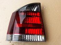 Tripla lampa stanga Opel Vectra C 2002-2005
