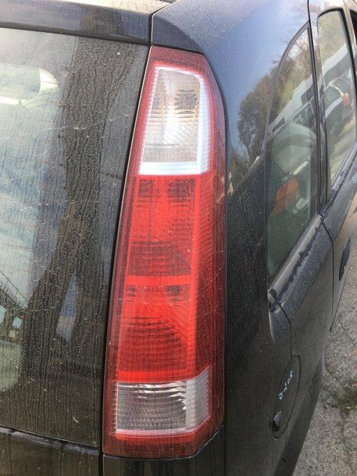 Tripla / Lampa / Stop Dreapta Opel Meriva 2003 - 2010