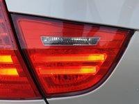 Tripla / Lampa / Stop Haion / Capota Portbagaj Stanga BMW Seria 3 E90 2005 - 2011